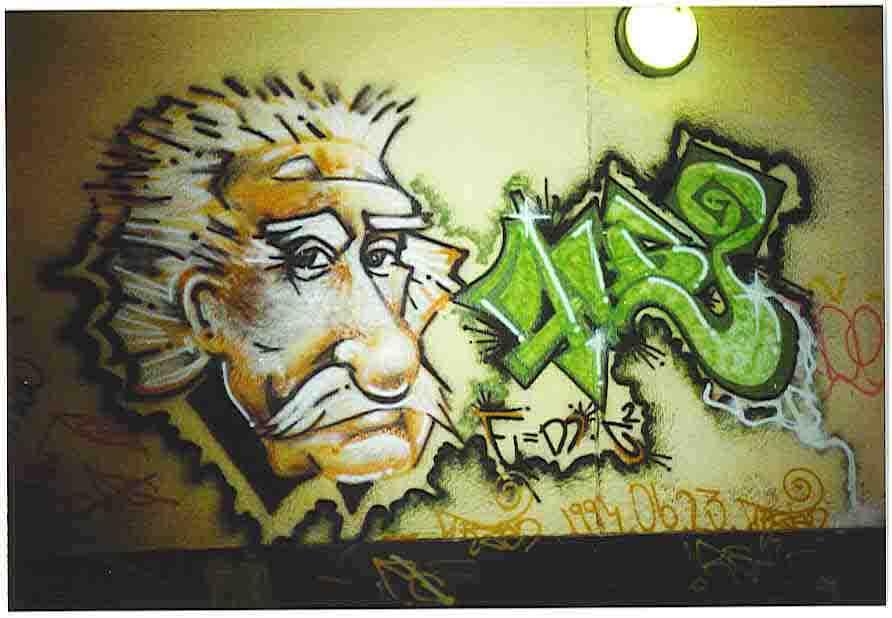 Denne Einstein grafitti er fotograferet i 1994 under en viadukt i BudaPest